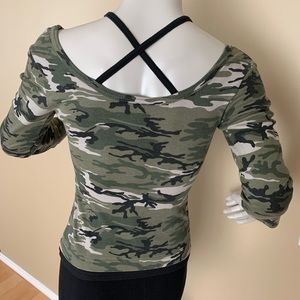Vintage Mariposa Camo Fitted Crop Top